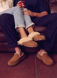 Men's & Women's UGG slippers At Oxygen Clothing