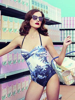 Womens Summer Holiday Essentials