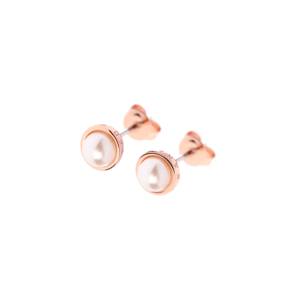 Sinaa Pearl Stud Earrings main image