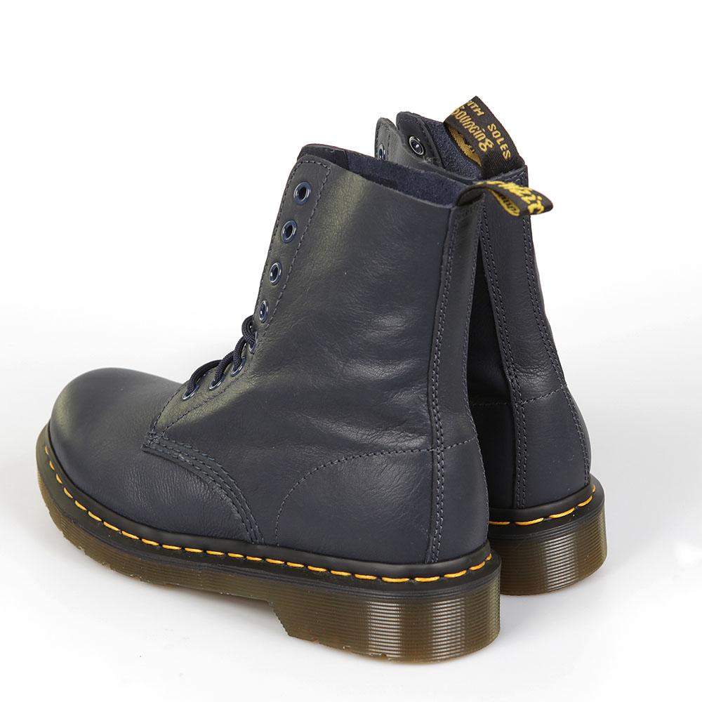 Pascal Boot main image