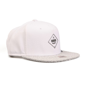 Squeeze Snapback