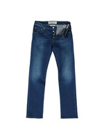 PW622 Tailored Slim Jean