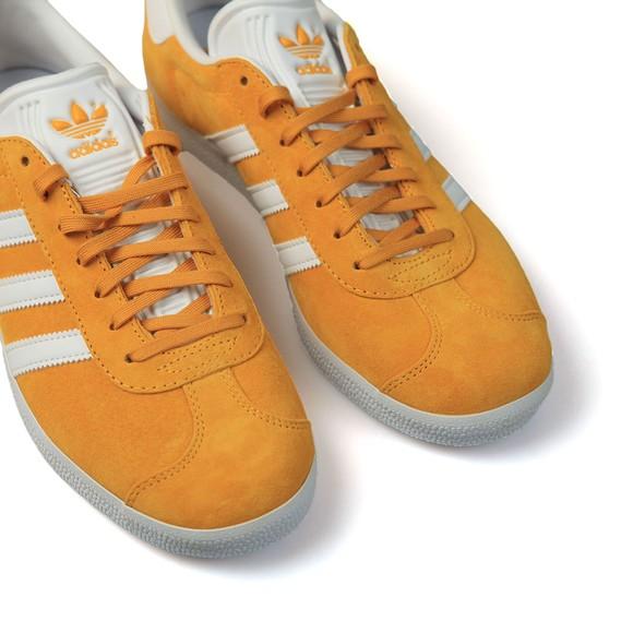 adidas Originals Mens Yellow Gazelle Trainer main image
